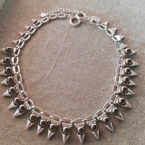 Stella and dot lynx pearl statement necklace